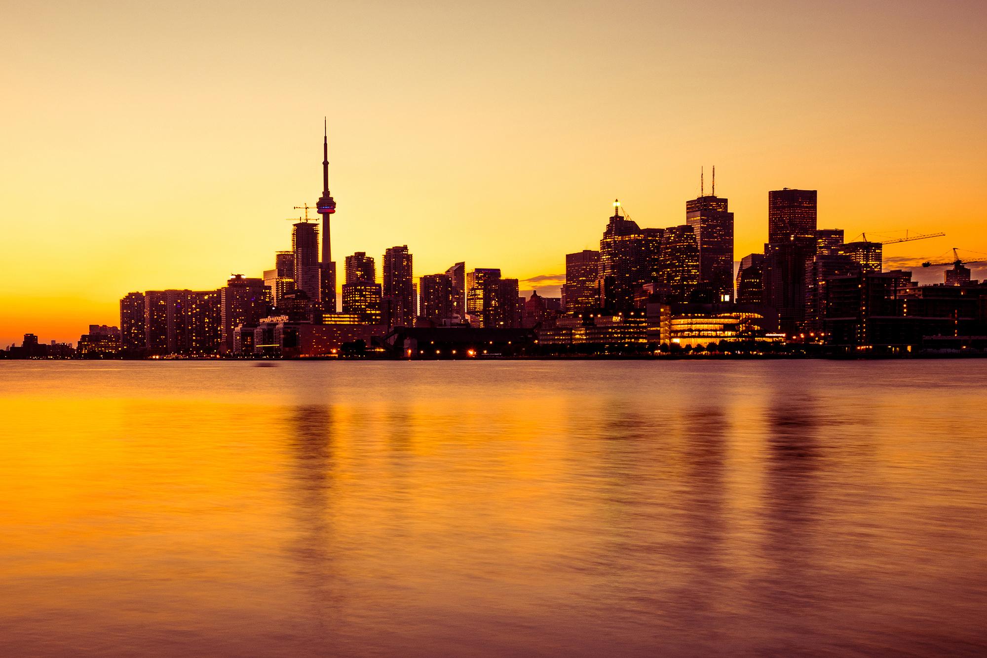 Canada-636341296